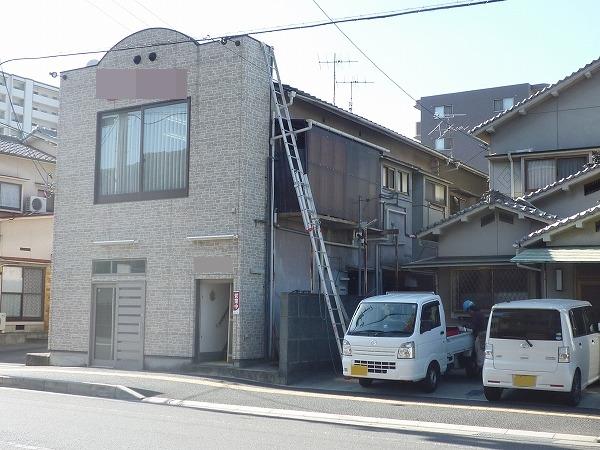 呉市 保険を使用して脆いセメント瓦の雨漏り修理工事に伺いました