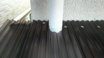 ポリカ竪樋穴加工