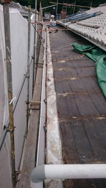 トタン屋根剥いで防水紙