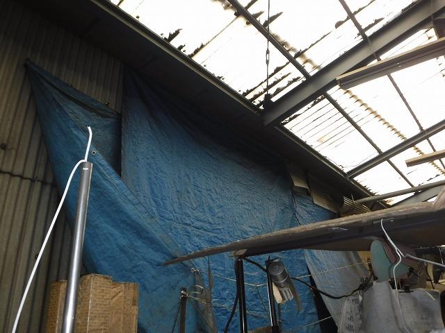 工場内雨漏りシート養生