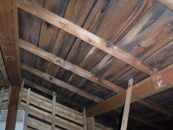 屋根下地シミ