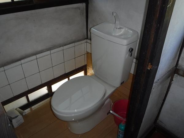 簡易式水洗トイレ