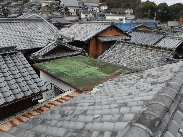 瓦屋根と防水屋根
