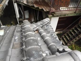 玄関屋根詰まり