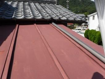 玄関上瓦棒屋根