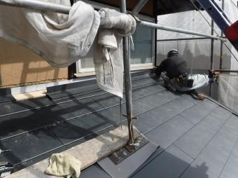 1階屋根壁際工事