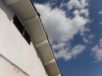 2階ケラバ袖瓦ズレ
