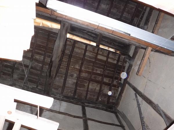 1階天井はない