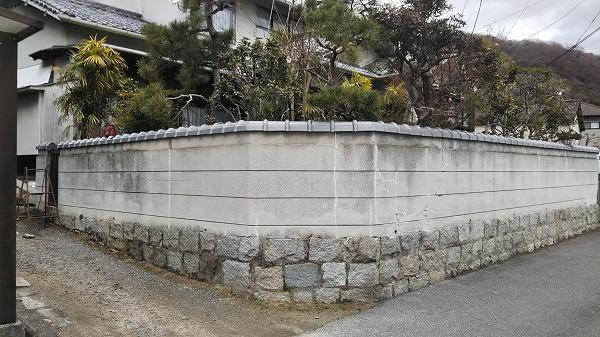ブロック塀瓦取り付け完成