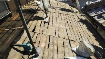 1階瓦屋根野地板