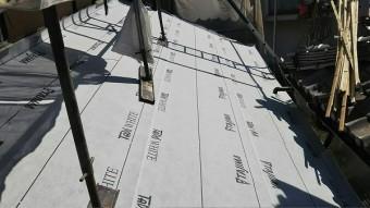 1階屋根ルーフィング貼り工事