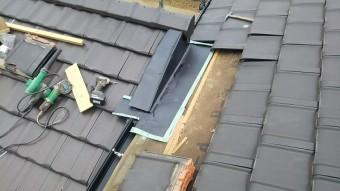 新築屋根既存屋根取り合い