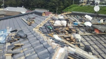 棟積み工事・屋根にはたくさん