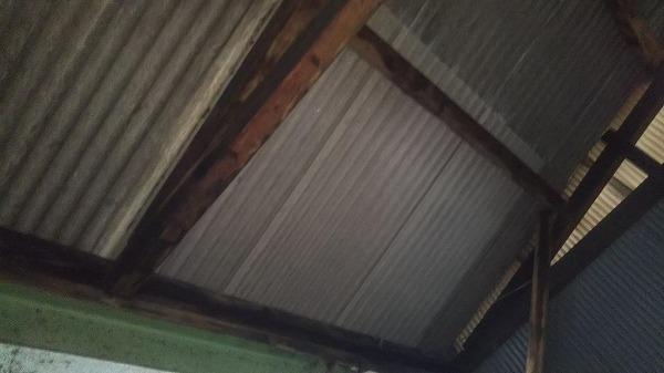 呉市波形スレート差し替え工事