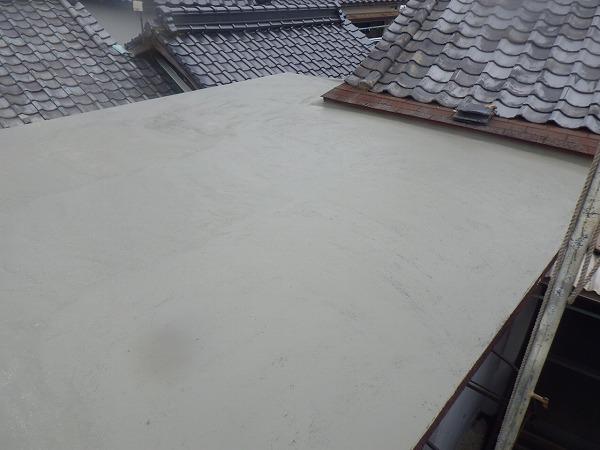 ウレタン防水下地塗り完工