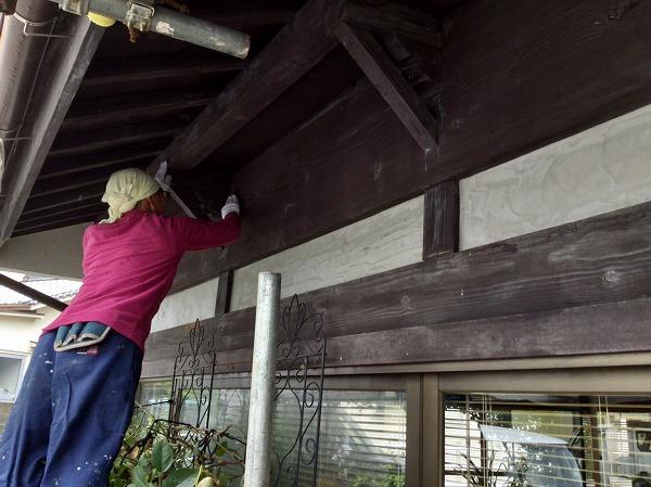 呉市外壁リフォーム塗装工事ケレン作業