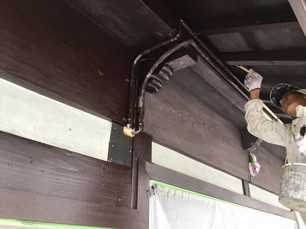 呉市外壁リフォーム塗装工事塗装作業