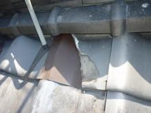 割れた瓦下、ガルバ鋼板