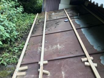 下屋根瓦棒屋根